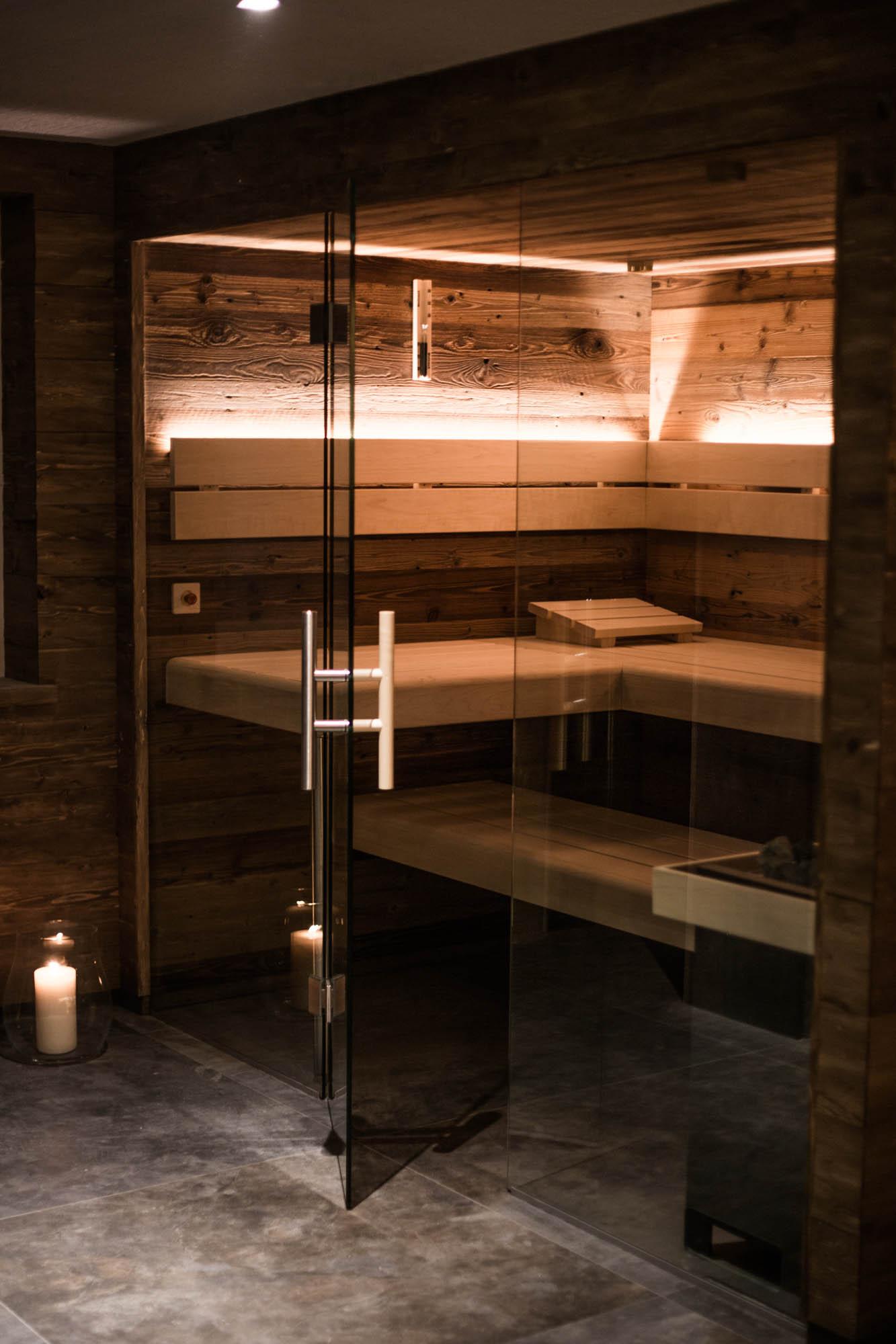 Service01-Sauna-Detail